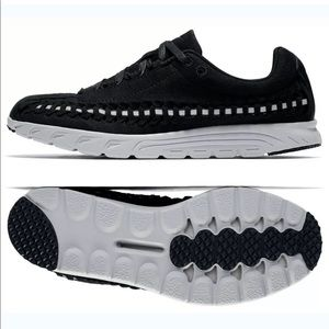 Nike Woven Mayfly Woven Sneakers Size 7.5